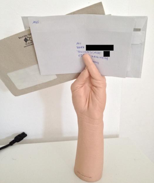 ruber-fist-mail-letter-holder