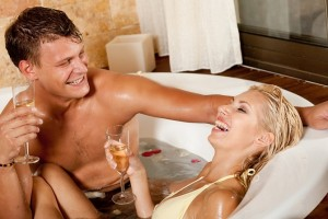 6 Steps to Sexier Bathtub Sex with Your Man!