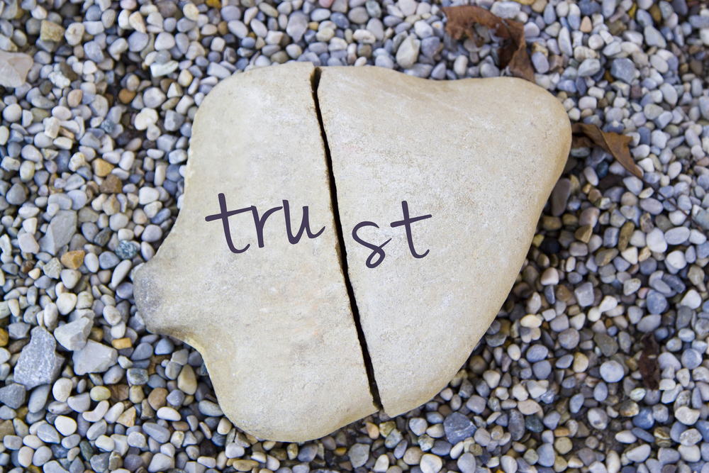 my-boyfriend-cheated-on-me-broken-trust